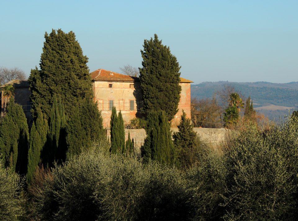 Una delle ville di Torre a Castello