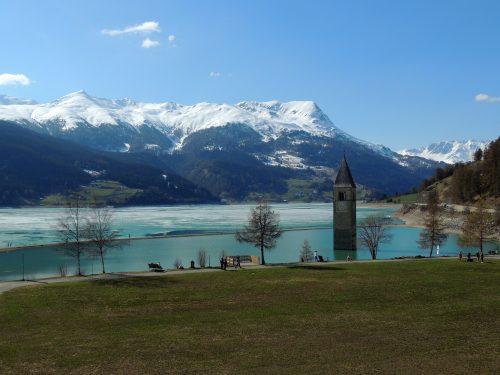 Un percorso ad anello tra Italia, Austria e Svizzera