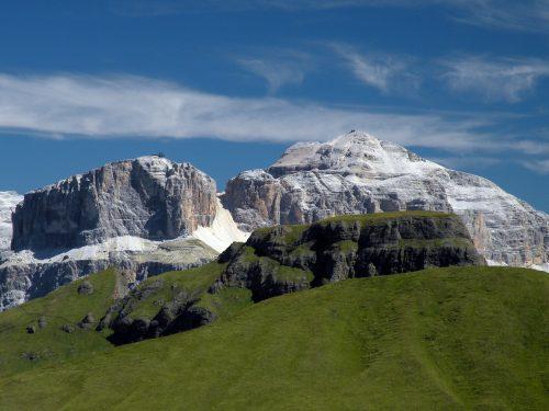 Giro ad anello con panorami mozzafiato nella Val di Fassa