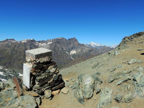 Al Colle Leynir dal Nivolet nel Parco Nazionale del Gran Paradiso tra Piemonte e Val d'Aosta